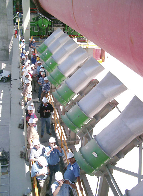 Axial-flow fans for cooling rotary kiln jackets