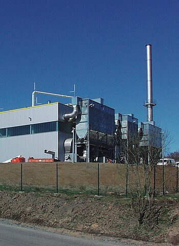 Dust collection plant in production of refuse-derived fuel