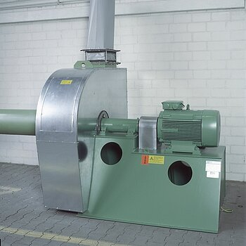 Centrifugal fan with sound and heat insulation